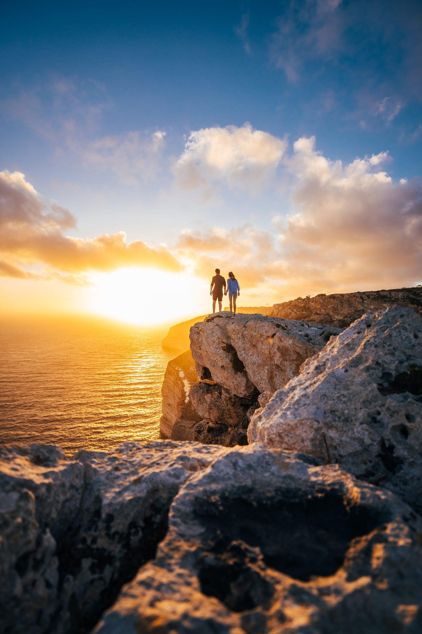 couple on cliffs