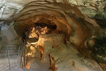 Għar Dalam Cave & Museum
