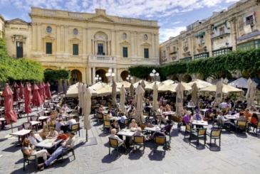 Open air cafes in Valletta