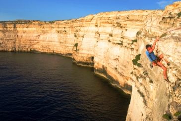 Abseiling Land sports in Malta